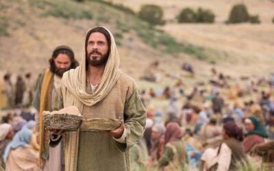 Domingo XVIII. Jesús da de comer