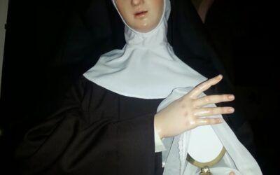 Figuras Franciscanas: Santa Clara